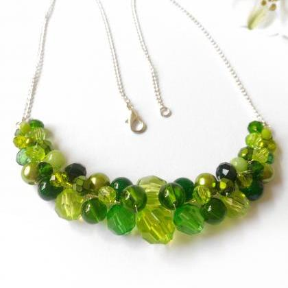 Light green necklace, Wire wrapped ..