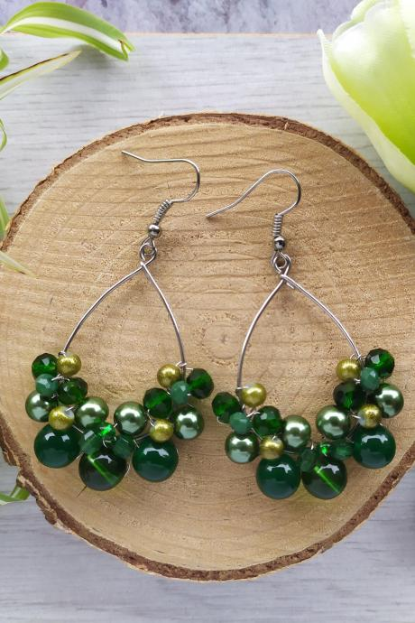 Dark green stainless steel earrings, Grass green hoop earrings, Vibrant green boho hoops, Green Beaded dangle earrings, Green bubbly hoops
