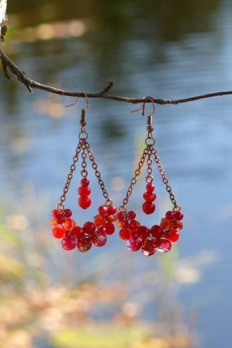 Red copper chandelier earrings, Red bubbly swings, Wire wrapped vibrant red bohemian earrings with gemstones, Red boho earrings with drops