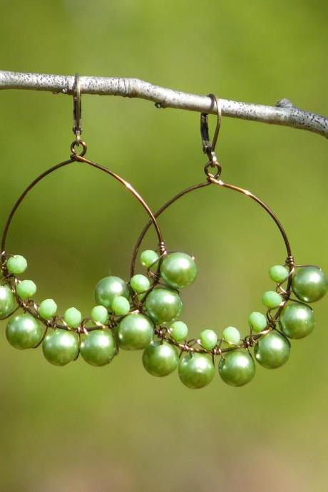 Green pearl hoop earrings, Bohemian pearl green hoops, Green boho earrings, Wire wrapped green and bronze festival earrings, Statement hoops