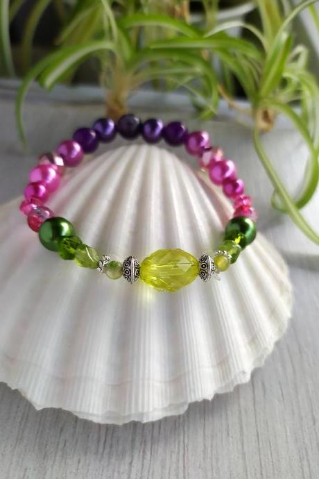 Spring collection: Green pink purple stretch bracelet, Agate Amethyst Peridot gemstone bracelet, Hot pink purple and green elastic bracelet