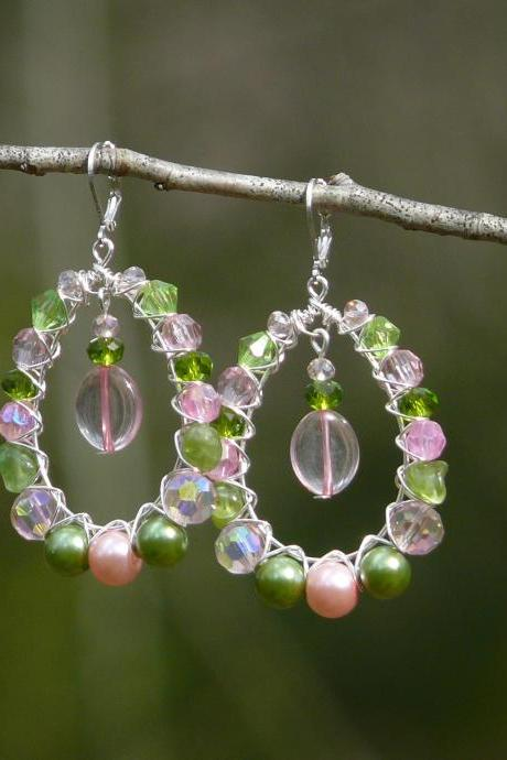 Green and pink bubbly hoops with Peridot gemstone, Wire wrapped silver statement hoop earrings, Green pink boho earrings, Bohemian jewelry