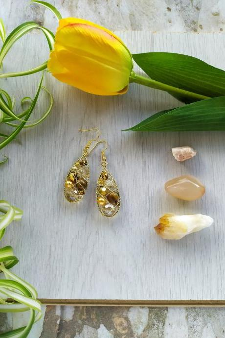 Gold tear drop earrings, Tigers eye dangle earrings, Golden earrings, Boho wire wrapped brass earrings, Elegant gold earrings, Gift for her
