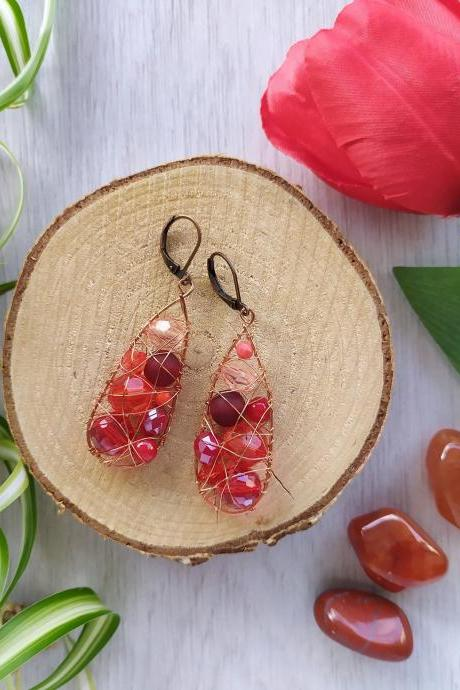 Wire wrapped drop earrings in red, Red and copper earrings, Mismatched red bohemian earrings,Red boho dangles,Statement jewelry,Gift for her
