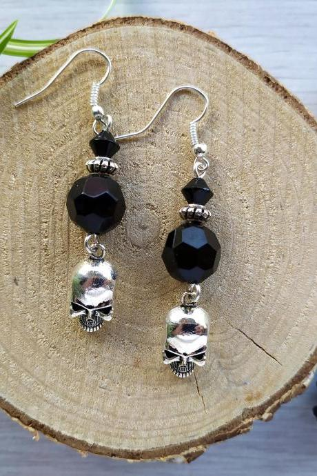 Skull black dangle earrings, Metal rock punk earrings, Earrings with skull, Black silver dangles with skull charm,Alternative fashion dangle