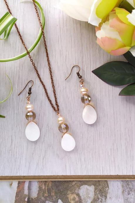 Sweet water pearl earrings and necklace, Dangle pearl earrings, Champagne pearl earrings, Pearl jewelry set, Elegant jewelry for gifting.