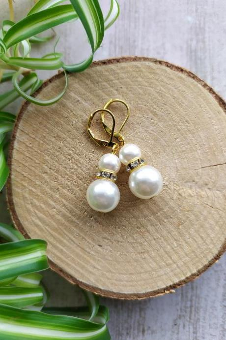 Small wedding earrings, Dainty pearl white dangles, Elegant ivory and gold bridal earrings, Lightweight Pearl and rhinestone drop earrings.